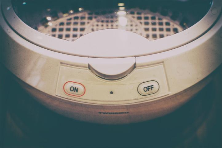 眼鏡洗浄機